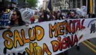 Marcha organizada por la Asamblea Instituyente por Salud Mental. Foto: F. Ponzetto