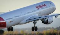 Iberia. Reanudó sus vuelos a Uruguay en septiembre de 2014. Foto: EFE.