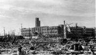 Postal de Hiroshima después de sufrir el bombadeo atómico. Foto: Wikipedia