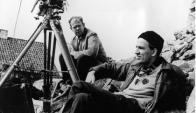 Bergman junto a su colaborador, el director de fotografía Sven Nykvist. Foto: Commons