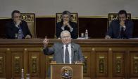 Lech Walesa y Óscar Arias hablaron en la Asamblea de Venezuela. Foto: Reuters