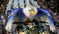 Los desfiles de carrozas, bailes típicos y disfraces son el sello característico: Foto: AFP.