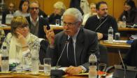 Basso y la subsecretaria Lustemberg defendieron el articulado  del Presupuesto. Foto: A. Colmegna