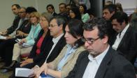 """""""Hablemos en serio"""" disertación de 10 técnicos el Frente Amplio previo a las elecciones nacionales. Foto: Francisco Flores."""