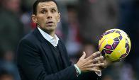 Gustavo Poyet es uno de las personas más respetadas del fútbol en Inglaterra. Foto: AFP