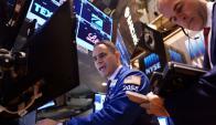 Operador de Wall Street en un día para el recuerdo, Foto: AFP