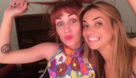 Mariana Olivera con Luciana González en TV Show. Foto: Instagram