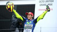 Valentino Rossi, el ganador del Gran Premio de Gran Bretaña. Foto: Agencia EFE