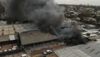 Se quemaron 30 autos y fueron afectadas unas 800 motos embaladas. Foto: Francisco Flores.
