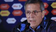 Tabárez en conferencia de prensa, tras el triunfo ante Jamaica. Foto: EFE