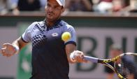 Alejandro Falla. Al colombiano le tocó el más difícil en el estreno en París: Federer.