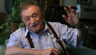Benedetti no podía faltar en esta antología de la mejor literatura uruguaya.