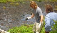 Brad Pitt visitó el área contaminada por Chevron en la Amazonia en abril de 2012. Foto: El Tiempo/ GDA.