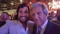 La selfie de Fernando Cristino y Tabaré Vázquez. Foto: Facebook Fernando Cristino