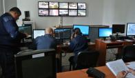 Centro de monitoreo del Ministerio del Interior con doce cámaras en Maldonado. La intendencia quiere instalar 500. Foto: Ricardo Figueredo.