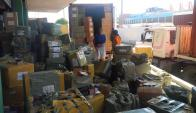 En dos contenedores que fueron abiertos en el Puerto de Montevideo había mercadería ilegal.