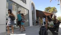 La Calle 20 es uno de los símbolos de los negocios de alto nivel en Punta del Este. Foto: Archivo.