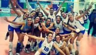 Selección Uruguaya de Voleibol Femenino. Foto: Facebook Federación Uruguaya de Voleibol