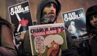 Las tapas de Charlie Hebdo hoy son pancartas.