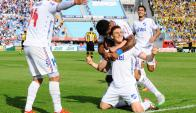 """El festejo tricolor luego del gol de """"Colo"""" Romero. Foto: G. Pérez"""
