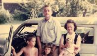 Jane y Kurt con los niños