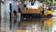 Caminos de la Intendencia de Salto ayudan a familias. Foto: Luis Pérez