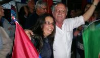 Óscar Terzaghi, festeja tras comprobarse su triunfo por 237 votos. Foto: Daniel Rojas