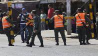 """Protesta de """"mototaxistas"""" terminó con un muerto en incidentes callejeros. Foto: Reuters."""