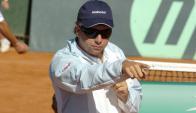 Entrenador. Enrique Pérez Cassarino lidera al equipo celeste que jugará la Copa Davis.