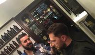 Barón. Además del servicio de peluquería, el local tiene un punto fuerte en la coctelería. (Foto: Facebook/Barón)