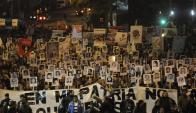 Convocada por organizaciones de familiares de desaparecidos, fue multitudinaria y se desarrolló sin incidentes. Foto: Agustín Martínez