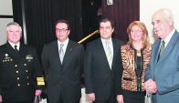 Almirante Alonso, Alejandro Gonzalez,  Embajador Bermudez,  Cra. Leticia Gallarreta y Ministro Rossi. Foto: Archivo