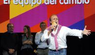"""""""Los narcos se van a tener que ir de la provincia"""", lanzo el eufórico Miguel del Sel. Foto: AFP"""