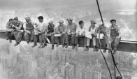 """""""Almuerzo en el rascacielos"""" (Corbis, 1932)"""
