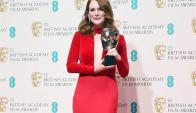 Julianne Moore con su merecido premio. Foto: EFE