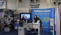 El stand de las Falkland recibe cientos de visitas diarias. Foto: A. Colmegna