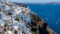 Santorini atrae a turistas pero está desbordada. Foto: Pixabay