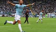 Ciro Immobile anotó un triplete que fue demoledor para el Milan. Foto: AFP
