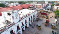 La ciudad de Juchitán de Zaragoza fue la más afectada y tiene edificios en escombros. Foto: AFP