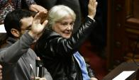 Lucía Topolansky ya en el Senado