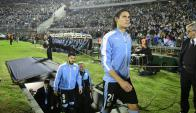 La selección uruguaya entrando al Estadio Centenario