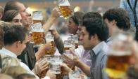 DGI tiene registro de un punto de venta de bebidas alcohólicas cada 1.000 habitantes. Foto: AFP