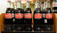 Refrescos. Con esta movida, la empresa busca adaptar sus productos a las nuevas preferencias de los consumidores. (Foto: AFP)