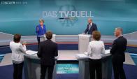 Merkel y Schulz en un debate por televisión. Foto: Reuters
