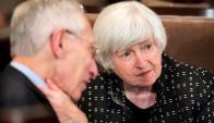 Fischer junto a la presidenta de la FED, Janet Yellen. Foto: EFE