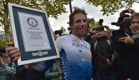 Beaumont salió de París el 2 de julio y llegó este lunes al Arco de Triunfo. Foto: AFP