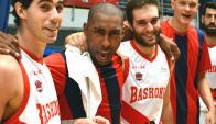 Jayson Granger bromeando con sus compañeros del Baskonia. Foto: @Baskonia