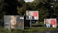 Carteles de campaña en rutas alemanas. Foto: EFE