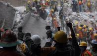 Miembros de los equipos de rescate protagonizaron una incesante labor. Foto: EFE
