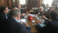 Lucía Topolansky reunida con representantes de todos los partidos. Foto: Francisco Flores